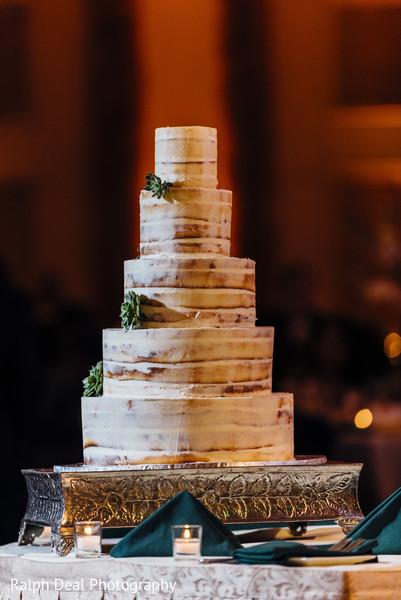 Impressive indian wedding cake design