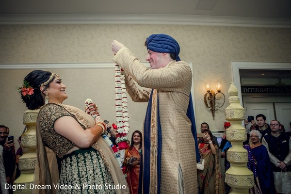 indian wedding,indian groom,golden sherwani