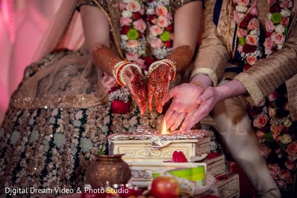 indian wedding,indian bride and groom,mehndi