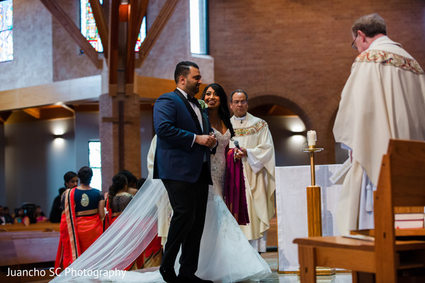 indian christian wedding ceremony,indian bride and groom,wedding ceremony venue