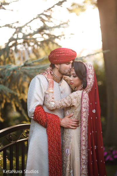 Swoon worthy Indian couple's photo shoot.