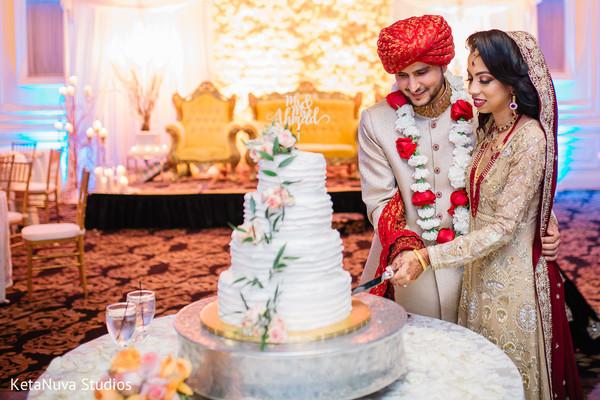 pakistani wedding,pakistani wedding cake design,pakistani bride and groom