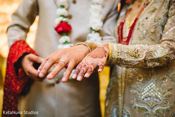 Pakistani wedding rings photography.
