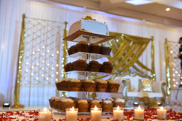 Indian wedding cupcakes design.