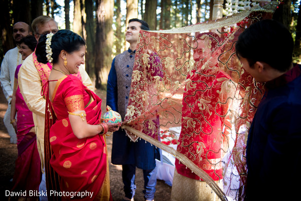 indian wedding ceremony,indian wedding ceremony photography,indian bride and groom,antarpaat