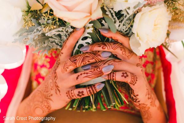 indian wedding gallery,indian bride fashion,indian bridal bouquet,indian bridal mehndi