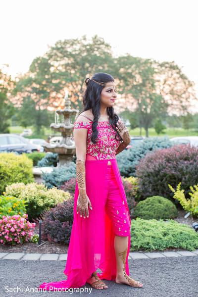 Beautiful indian bride's capture