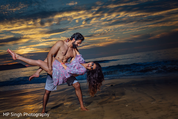 Vibrant indian bride and groom photo session