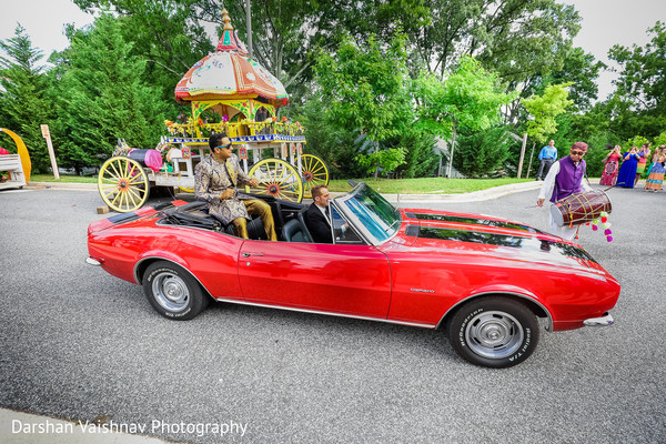 indian wedding baraat,indian groom,baraat,transportation