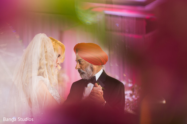 Sweet Indian bride and father in law dance.