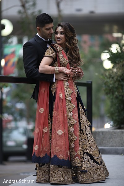 indian wedding gallery,indian bride and groom,outdoor photography,bridal jewelry