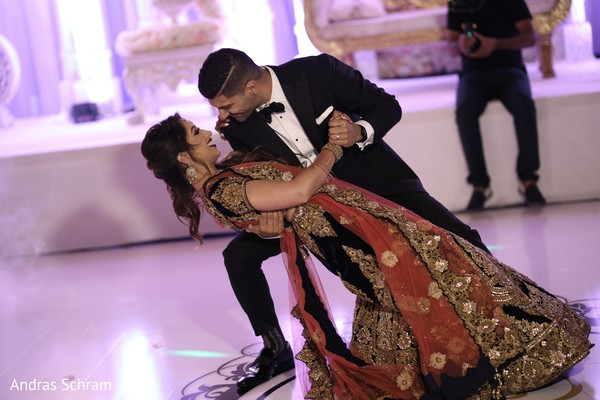 indian wedding reception,indian wedding reception photography,indian bride and groom,first dance