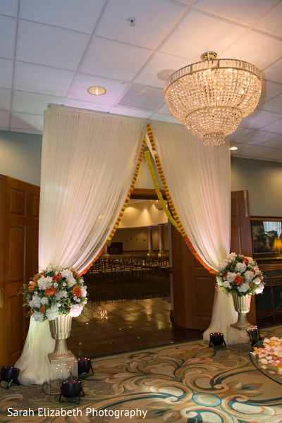 Magnificent Indian wedding ceremony entrance.