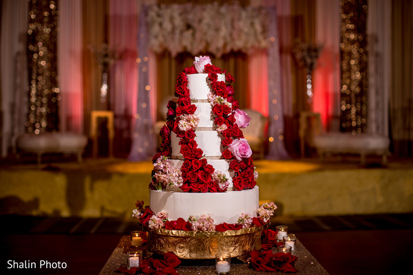 Cake For Mehndi Ceremony : Lovely red rose indian wedding cake in chicago il by