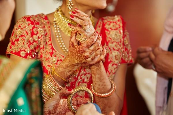 indian bride jewelry,bangles