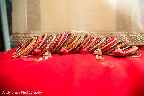 Splendid bridal bangles set.