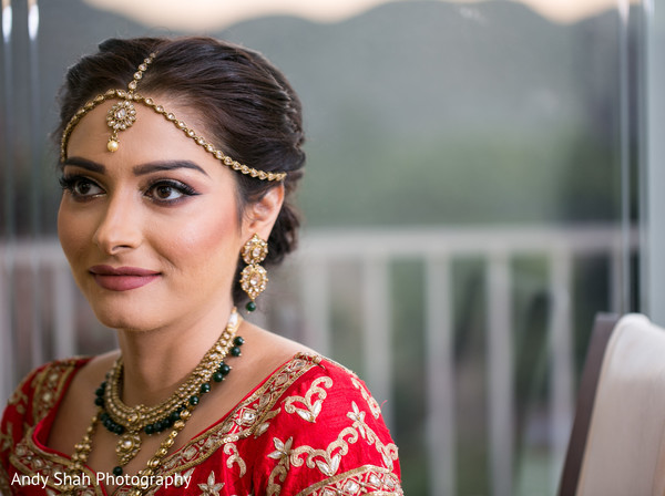 Flawless Indian bride hair and makeup.