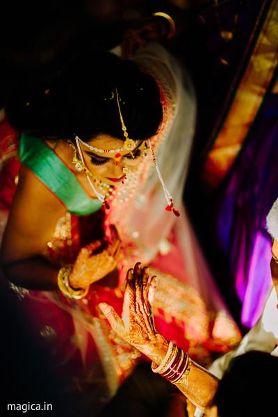 Impressive indian bride's capture