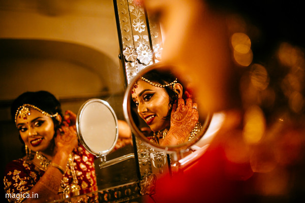 indian bride getting ready,indian bride fashion,indian wedding gallery,bridal jewelry