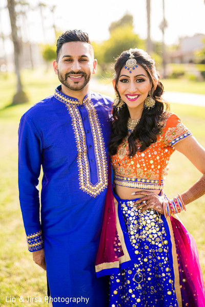 indian bride and groom,pre-wedding fashion,indian wedding photography