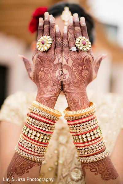 indian bride,indian bridal jewelry,bridal mehndi,henna