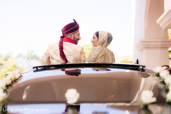 indian bride and groom,indian wedding photography,transportation