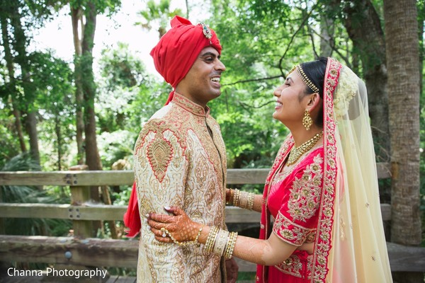 indian bride and groom,outdoor photography,indian wedding photography