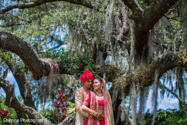indian bride,and groom,indian wedding photography