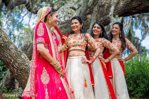 indian bride,indian wedding photography,indian bridal party