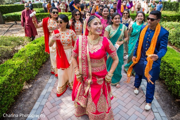 indian bride,bridal party,baraat