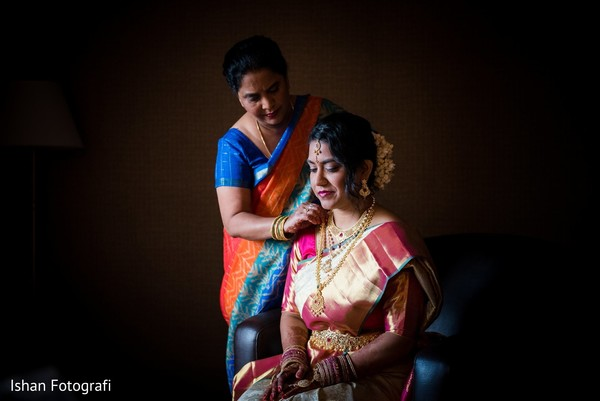 Special moment while maharani is getting ready