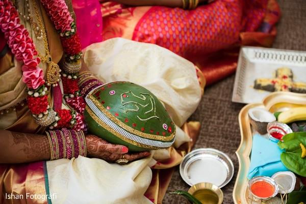 indian wedding ceremony,indian bride,bridal jewelry