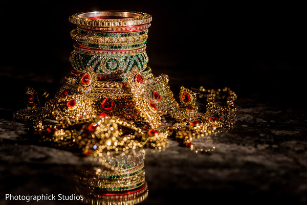 Fascinating Indian bridal jewelry.