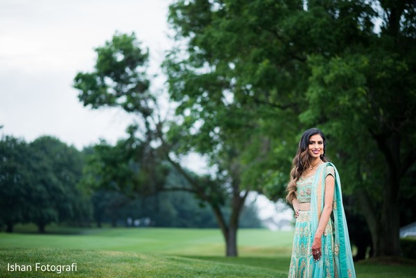 indian wedding gallery,indian bride fashion,outdoor photography