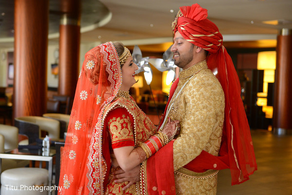 indian bride and groom,indian wedding fashion,ceremony fashion,indian wedding photography