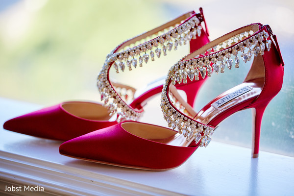 8d6751d0a1c7c7 Astonishing indian bride shoes