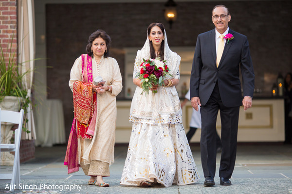 indian wedding ceremony,indian bride fashion,indian wedding ceremony photography,bridal bouquet