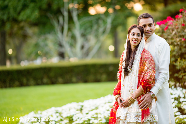 indian wedding gallery,indian bride fashion,indian groom fashion,outdoor photography