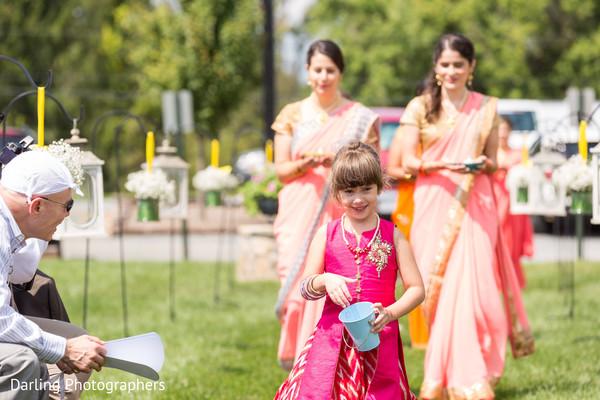 indian wedding ceremony,indian wedding ceremony photography,flower girl