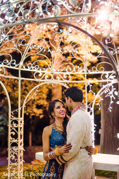 Insanely beautiful indian bride and groom photo session