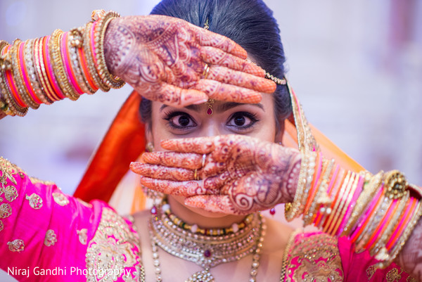 indian wedding gallery,indian bride mehndi,bridal jewelry