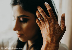 Gorgeous capture of Indian bride's mehndi.