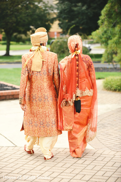 outdoor photography,indian bride and groom,indian wedding photography