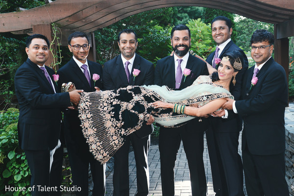 indian wedding photography,indian bride,reception fashion,indian groomsmen