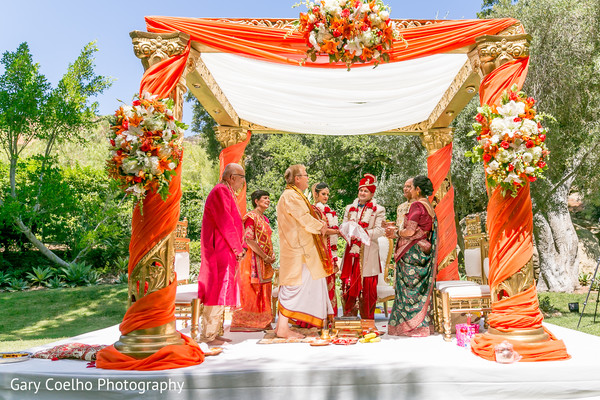 outdoor ceremony,indian wedding ceremony,mandap,indian bride and groom