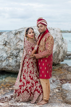 Dazzling indian bride and Groom .
