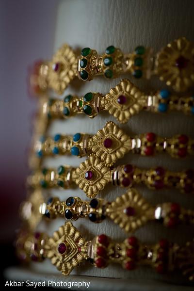 Indian bride's wedding jewelry