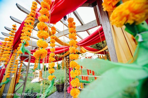 Astonishing floral decor