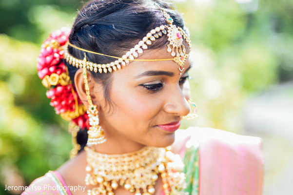 Stunning indian bridal jewelry