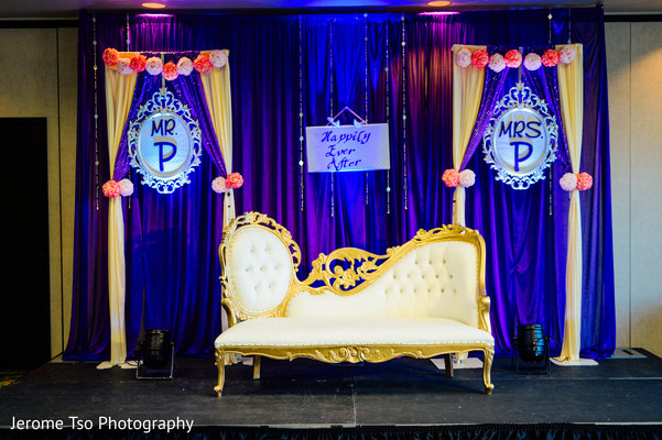 Indian Wedding Reception Stage Decor Photo 154848
